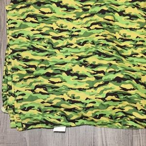 Flat queen size sheet True North camouflage print